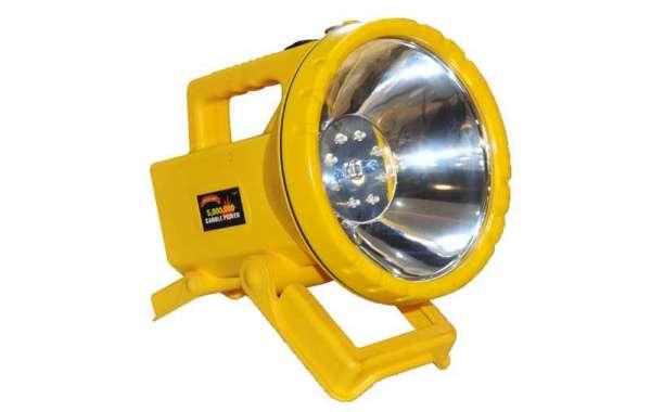 Spotlight Company Introduces The Use Characteristics Of Car Emergency Lights
