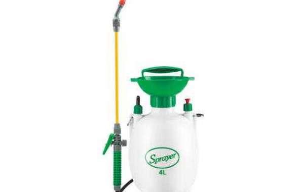 Maintenance of plastic garden sprayer